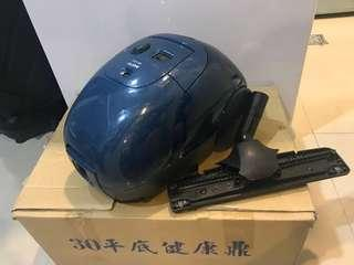 SANYO 吸塵器 (vacuum machine)