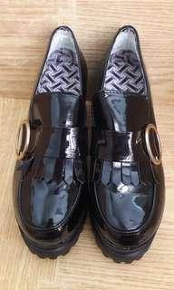 🚚 厚底粗跟鞋/24
