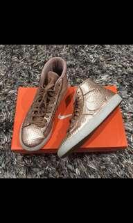 🚚 Nike Blazer US 6.5 23.5cm