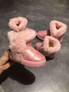 🚚 Girl Shimmery Metallic Pink Winter Boots
