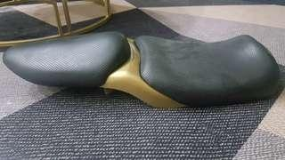 FZ16 Split Seat