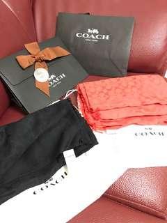 🚚 Coach圍巾。披肩