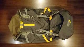 🚚 Lowe Alpine Peak Attack 42 Backpack Climbing Skiing Hiking