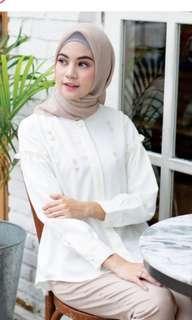 Alika Shirt Wearing Klamby broken white L