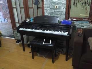 Yamaha clavinova cvp-105