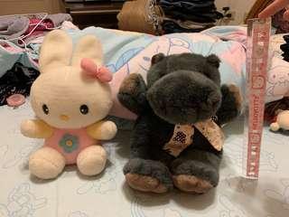 🚚 小白兔/黑河馬中型玩偶