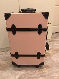 韓國皮革行李箱