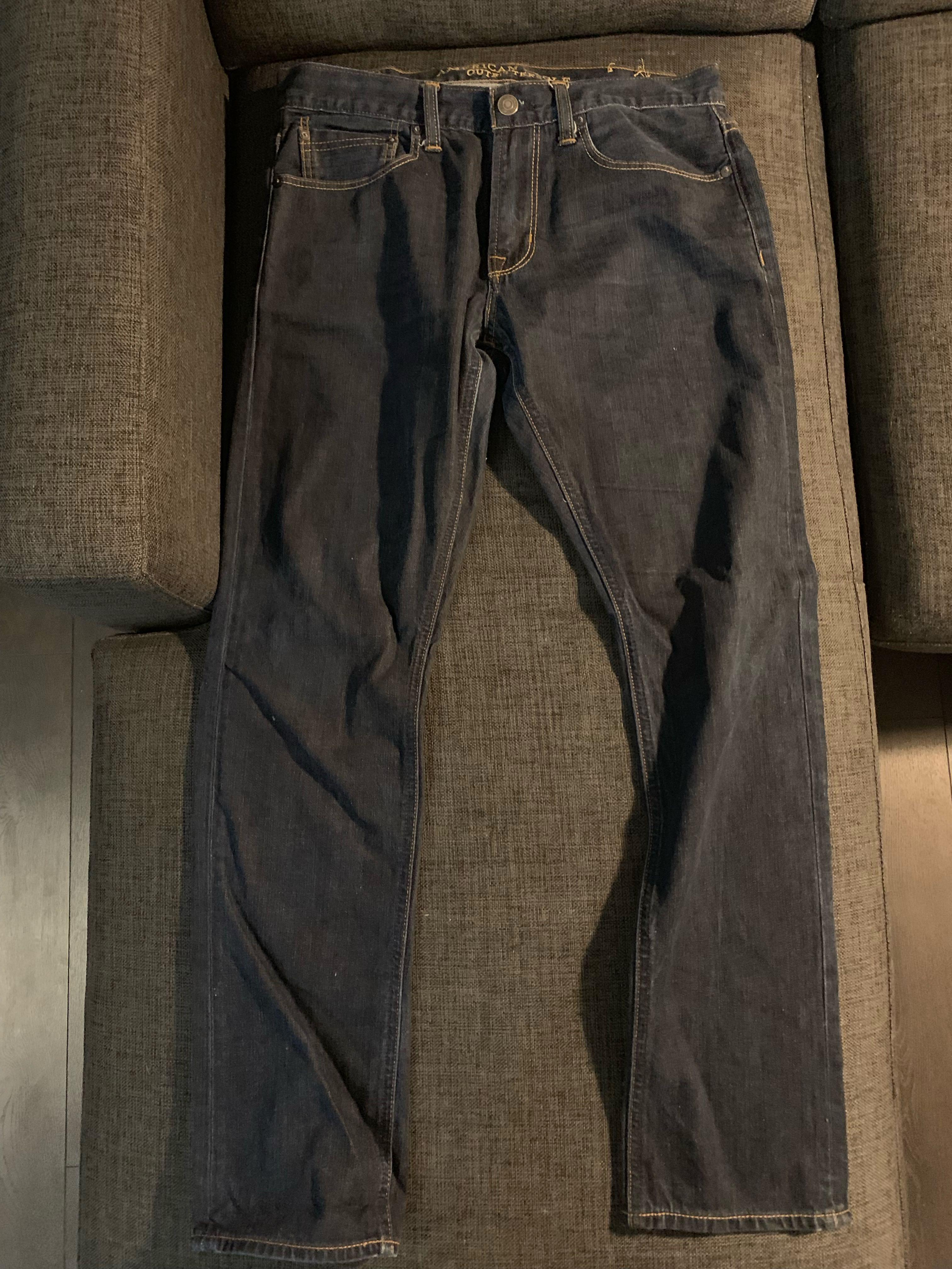 American Eagle slim-fit dark denim stretch  (size 32/32)