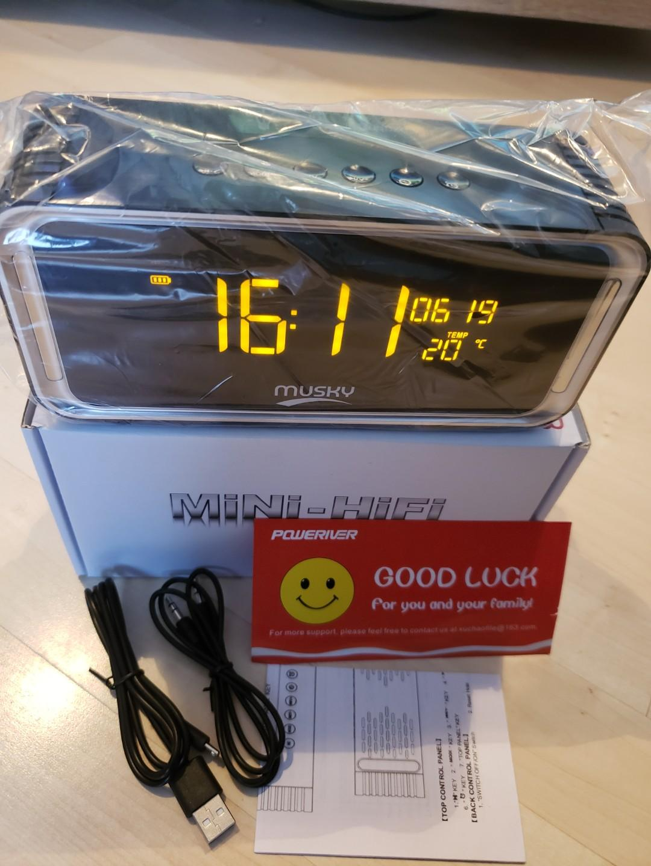 BRAND NEW: 4.2 Wireless Portable Bluetooth Speaker w/ Clock