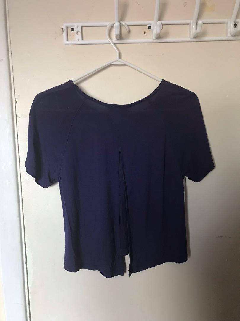 Brand New Aritzia Talula Open Back Short Sleeve Top