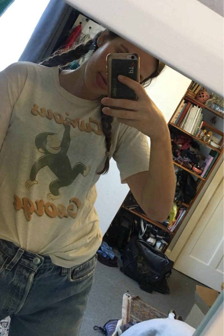 CURIOUS GEORGE TOP 🐵