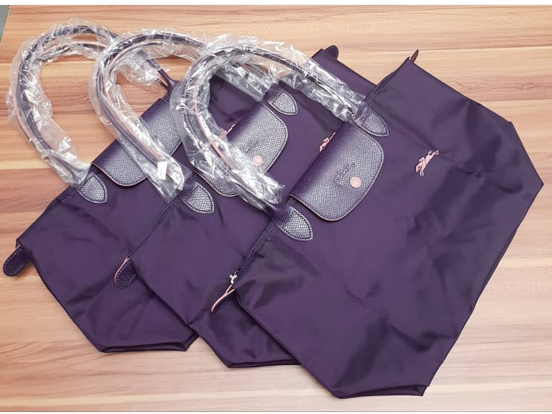 aa301c56cd96 Longchamp Le Pliage Club Tote   Shoulder Bag