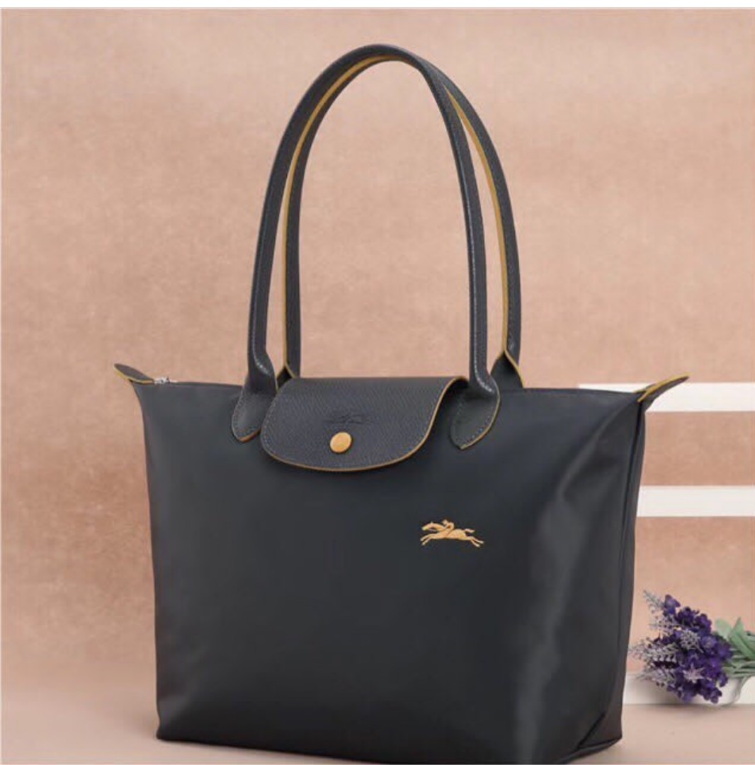 d12311c40c66 Longchamp Le Pliage Club Tote   Shoulder Bag
