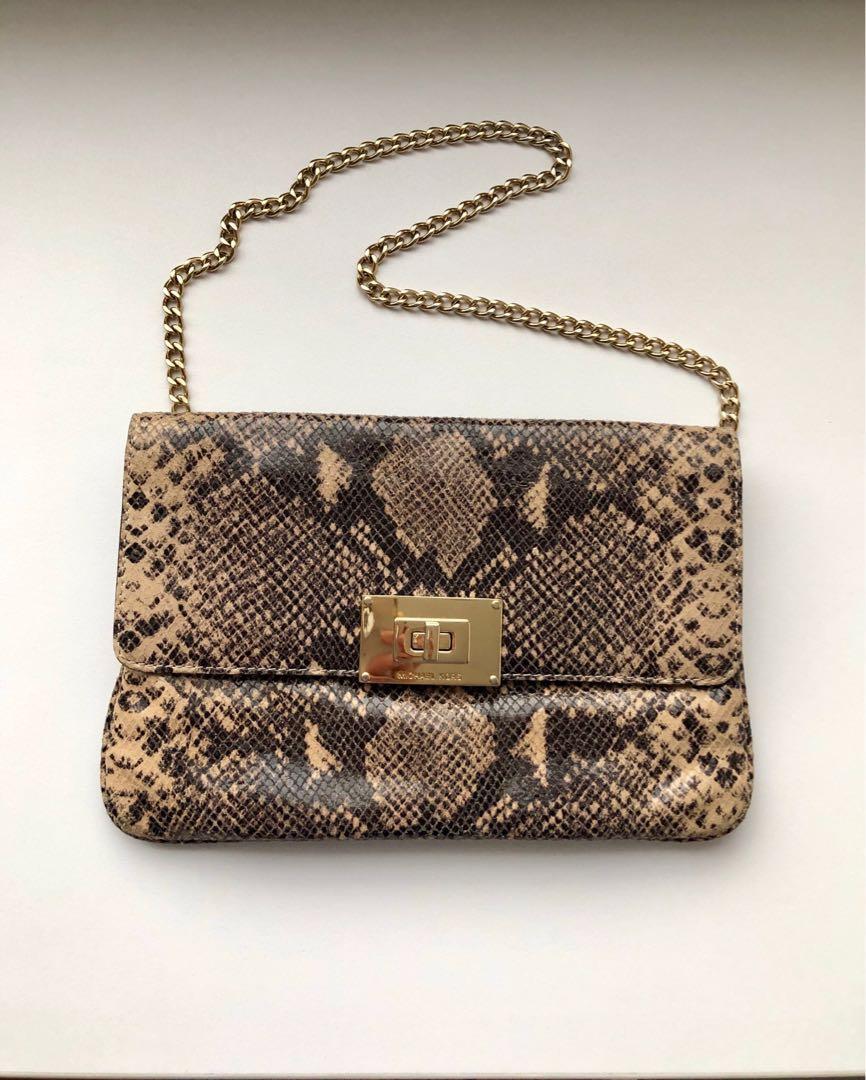 fc42ef01d860 Michael Kors Handbag, Women's Fashion, Bags & Wallets, Handbags on ...
