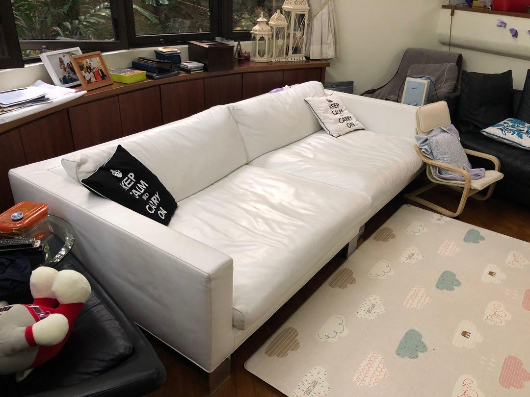 Minotti White Leather Sofa Furniture Sofas On Carousell