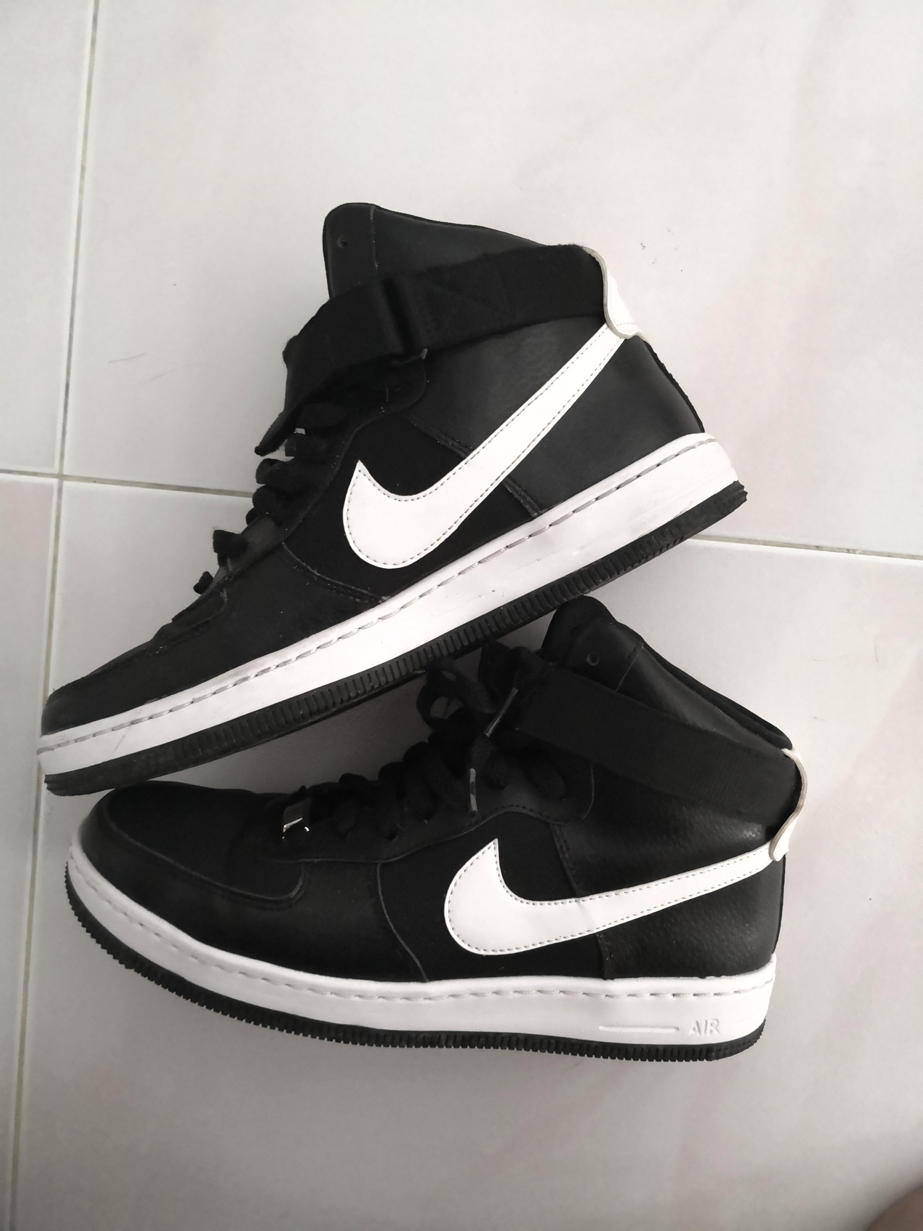 5902d4b1ca99 Nike sneakers US 9 7.5 UK 6.5 EUR 40.5