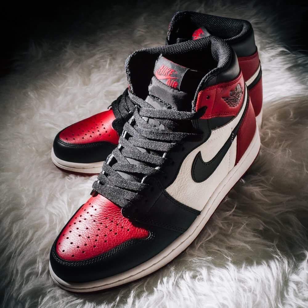 df9efef6853c8a UK7.5 US8.5 Nike Retro High OG Air Jordan 1 Bred Toes