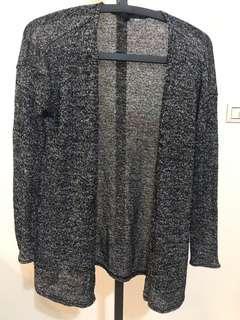 🚚 H&M香港好搭灰黑針織外套