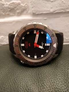 Sinn U1 with 2 straps - matching red and black straps