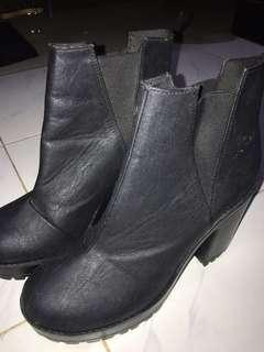 H&M boots size 39 #CNY2019