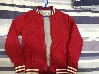 🚚 H&M 飛行外套
