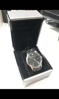 全新Emporio Armani皮帶錶