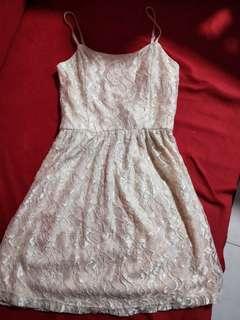 🚚 Lacy dress