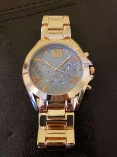 Stunning gold large face watch quartz movement NEW!
