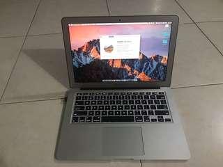 """MacBook Air 13"""" i7 2.0GHz 8gb ram 500gb ssd"""
