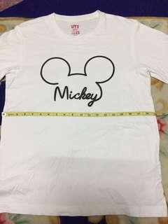 Mickey uniqlo