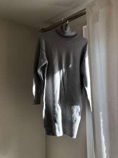 Aritzia Sweater Dress Size M