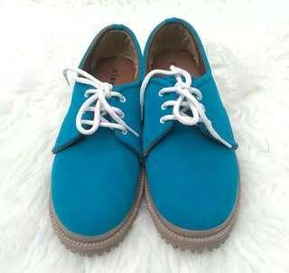 Sepatu Docmart wanita