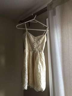 Aritzia Dress Size 4