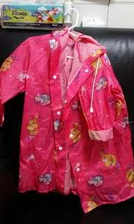 三歲雨衣,$40兩件
