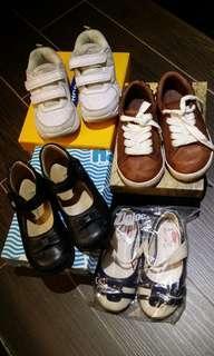 兩對Dr. Kong鞋,一對韓國貨婆仔鞋,一對真皮波鞋,24號,$150
