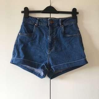denim shorts size 10