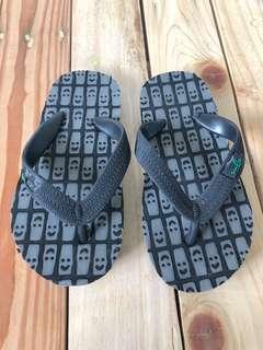Sanuk slippers