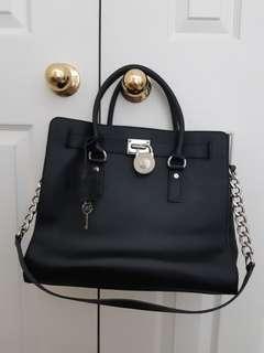 EUC Michael Kors Hamilton Large Bag