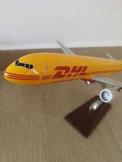 DHL flight plane toy model