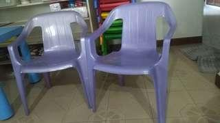 CLEARANCE 10/10 used kids chair with arm rest for sale