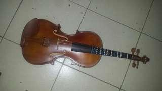 Bachendorf Violin 4/4 with Free Stand