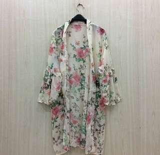 FLOWY OUTER
