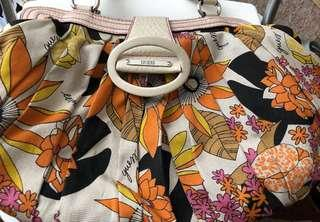 Guess handbag (need gone asap)