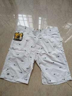 🚚 Goodwin Fishbone Bermuda Shorts Brand New