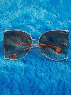 Kacamata Fashion.