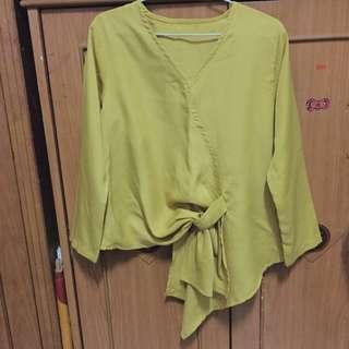 Atasan kuning ruffle blouse v-neck top v neck yellow blus wanita all size fit to L free size