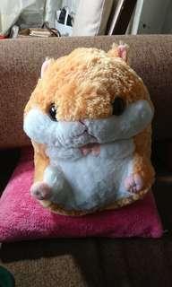 🚚 可愛倉鼠兩用抱枕毯