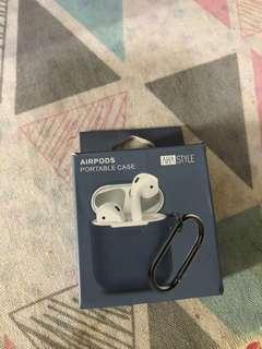 AirPods portable case