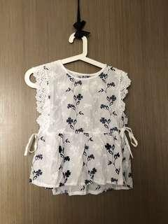 BNIP white floral embroidery peplum top