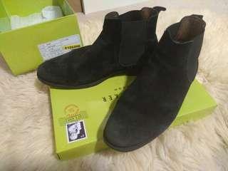 Ted Baker Peair Black Suede Chelsea Boots